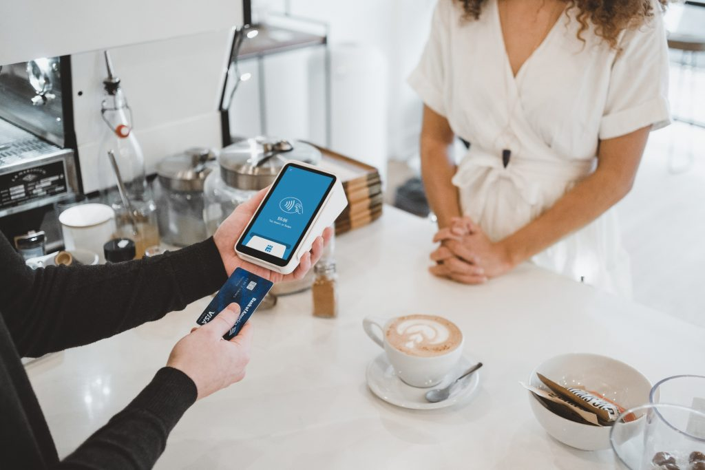 5 most innovative credit card terminals for your restaurant or small business